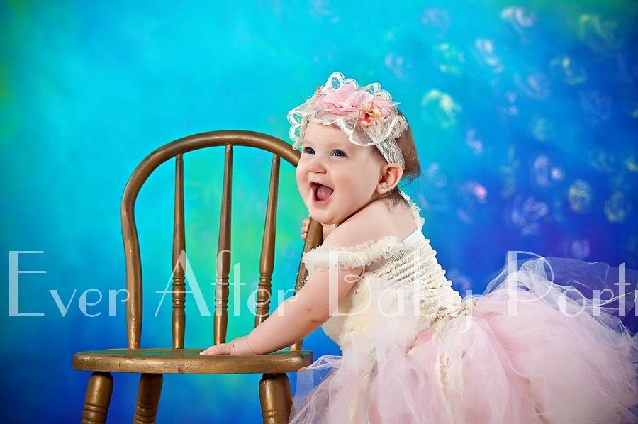Baby photography | Burke VA | Professional photographer | Fun Baby Photos