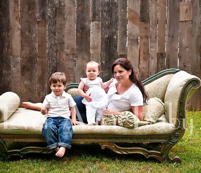 Mother with kids in outdoor studio.