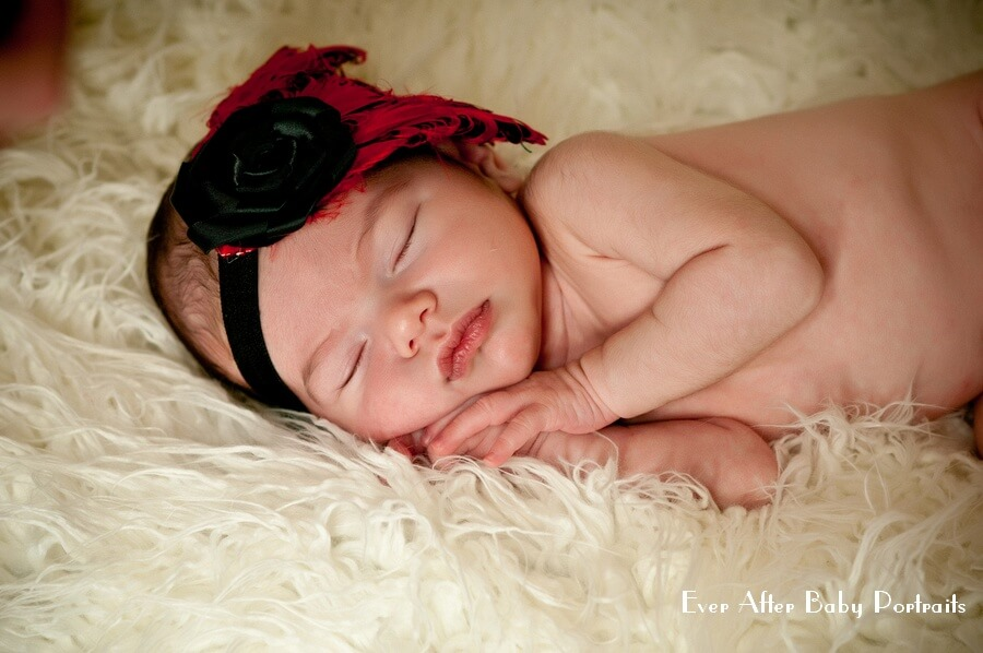Baby photographer | Annandale VA | Professional photographer | Looking For An Awesome Newborn Babysitter